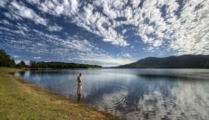 lake tinaroo.jpg
